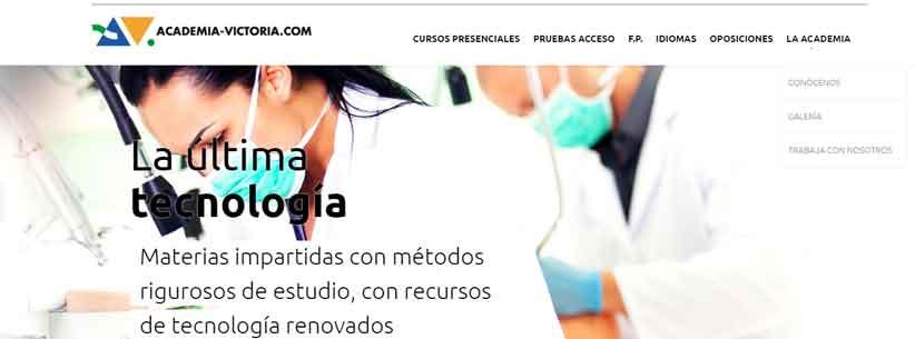 Clinica Dental Queraltó firma de contrato Academia Victoria